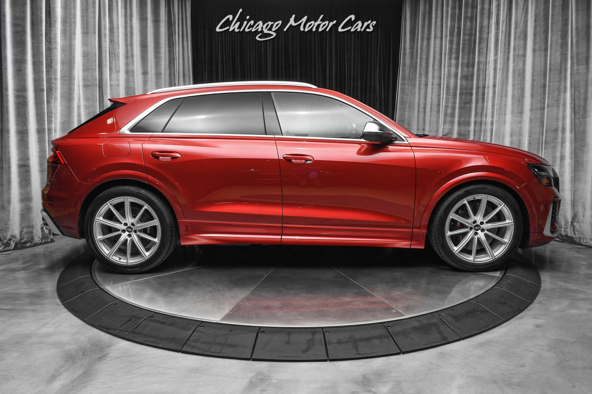 Used-2021-Audi-RSQ8-40T-quattro-RS-Design-Package-RARE-Matador-Red-Only-62-Miles