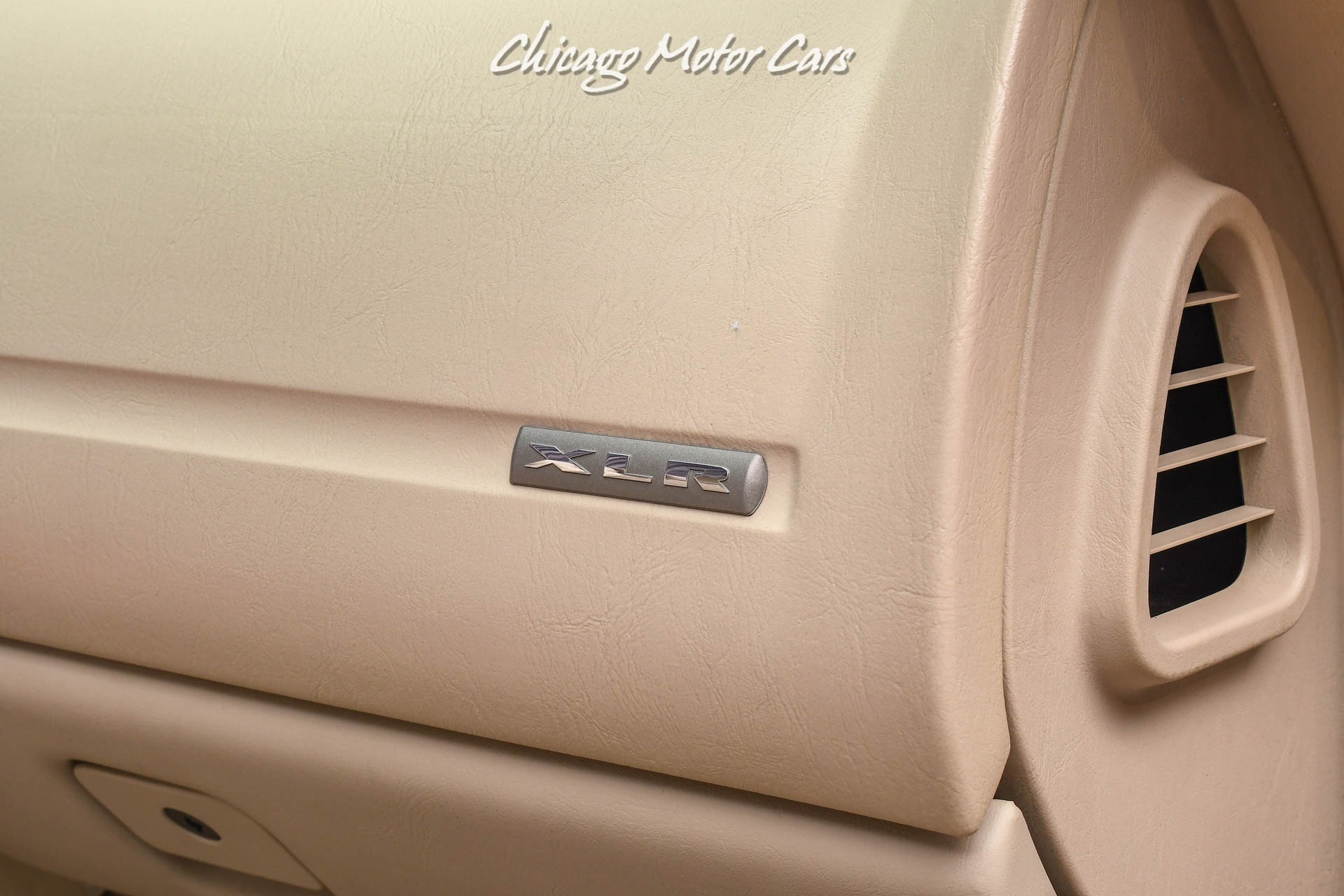 Used-2004-Cadillac-XLR-Extremely-Clean-Example-Navigation-BOSE-Sound-Full-Leather