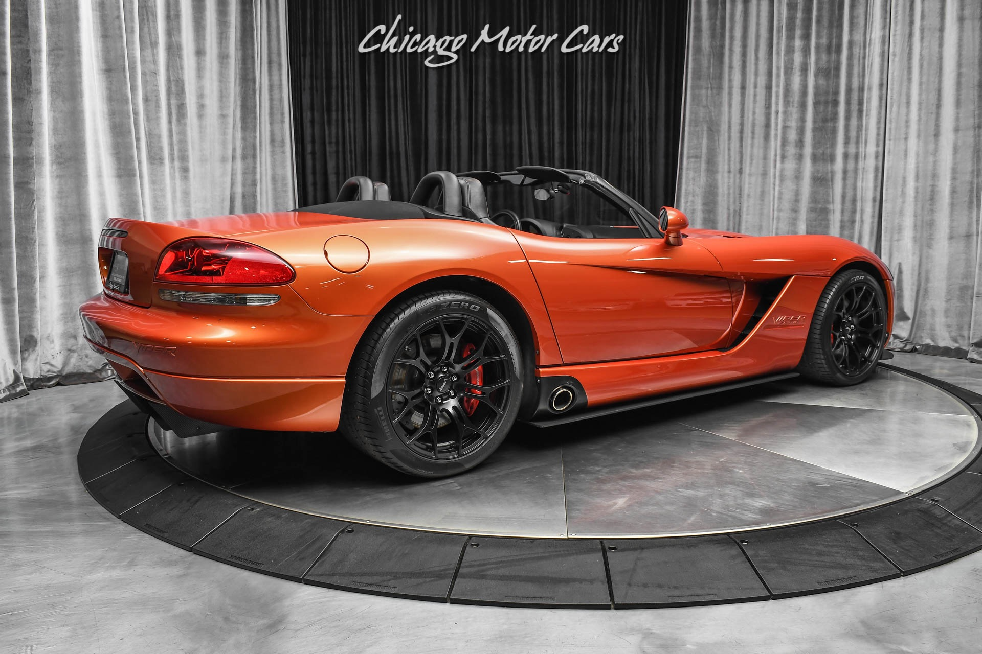 Used-2005-Dodge-Viper-SRT-10-Convertible-Copperhead-Edition-Stunning-Example-Serviced