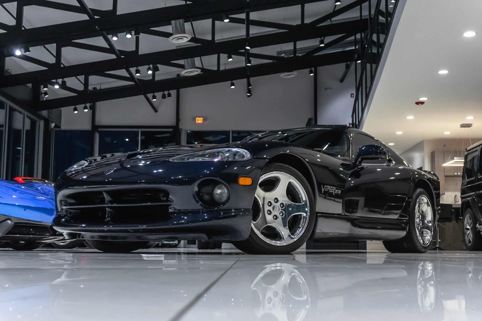 Used-2001-Dodge-Viper-GTS-COUPE-COLLECTOR-CAR-ONLY-8K-MILES