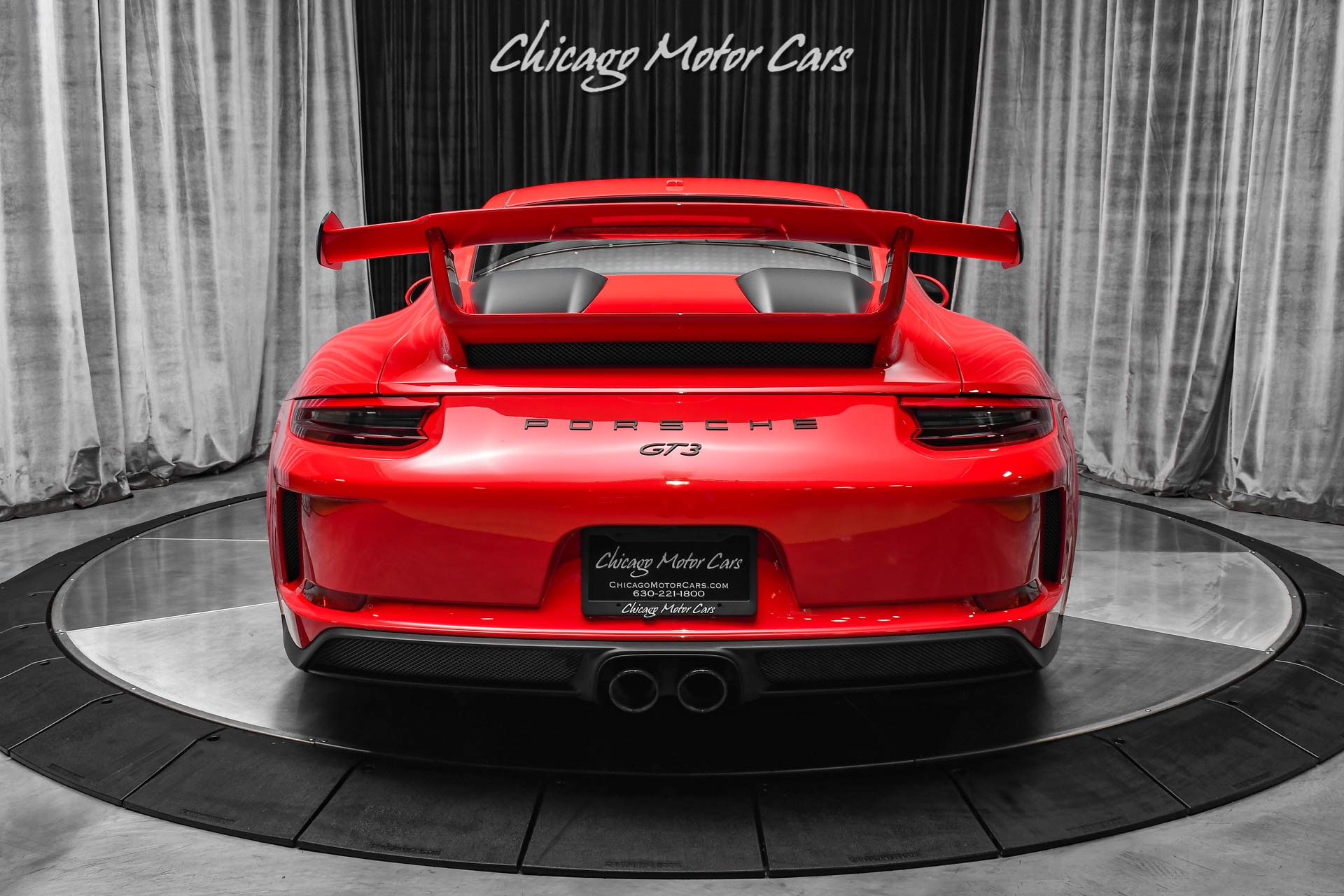 Used-2018-Porsche-911-GT3-Coupe-INCREDIBLE-SPEC-LOADED-WITH-FACTORY-OPTIONS-GUARDS-RED