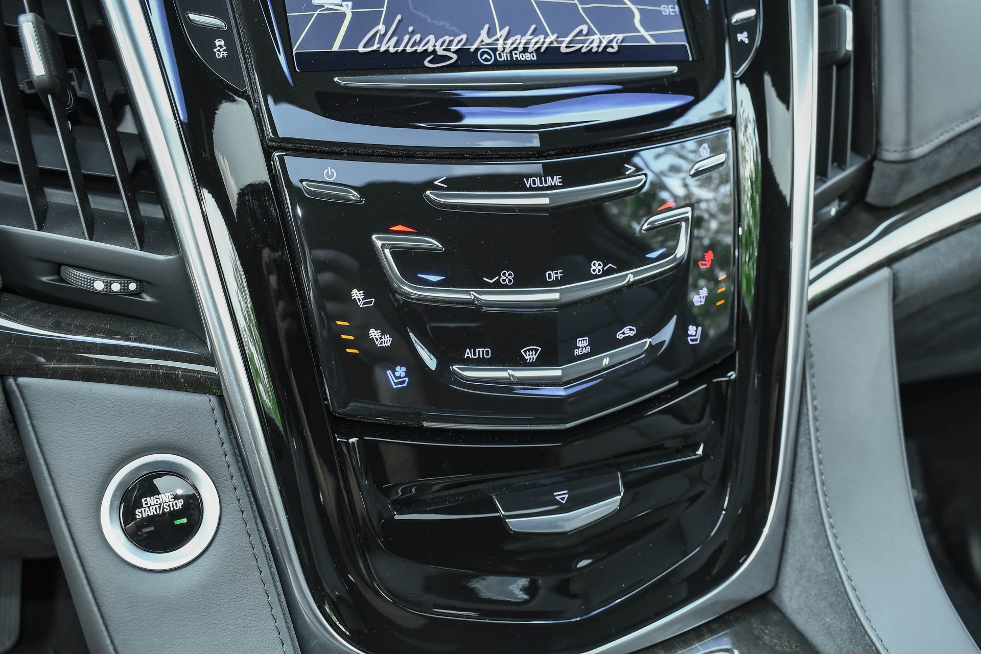 Used-2019-Cadillac-Escalade-ESV-Platinum-ONLY-1800-Miles-LOADED-VIRTUALLY-BRAND-NEW-4x4