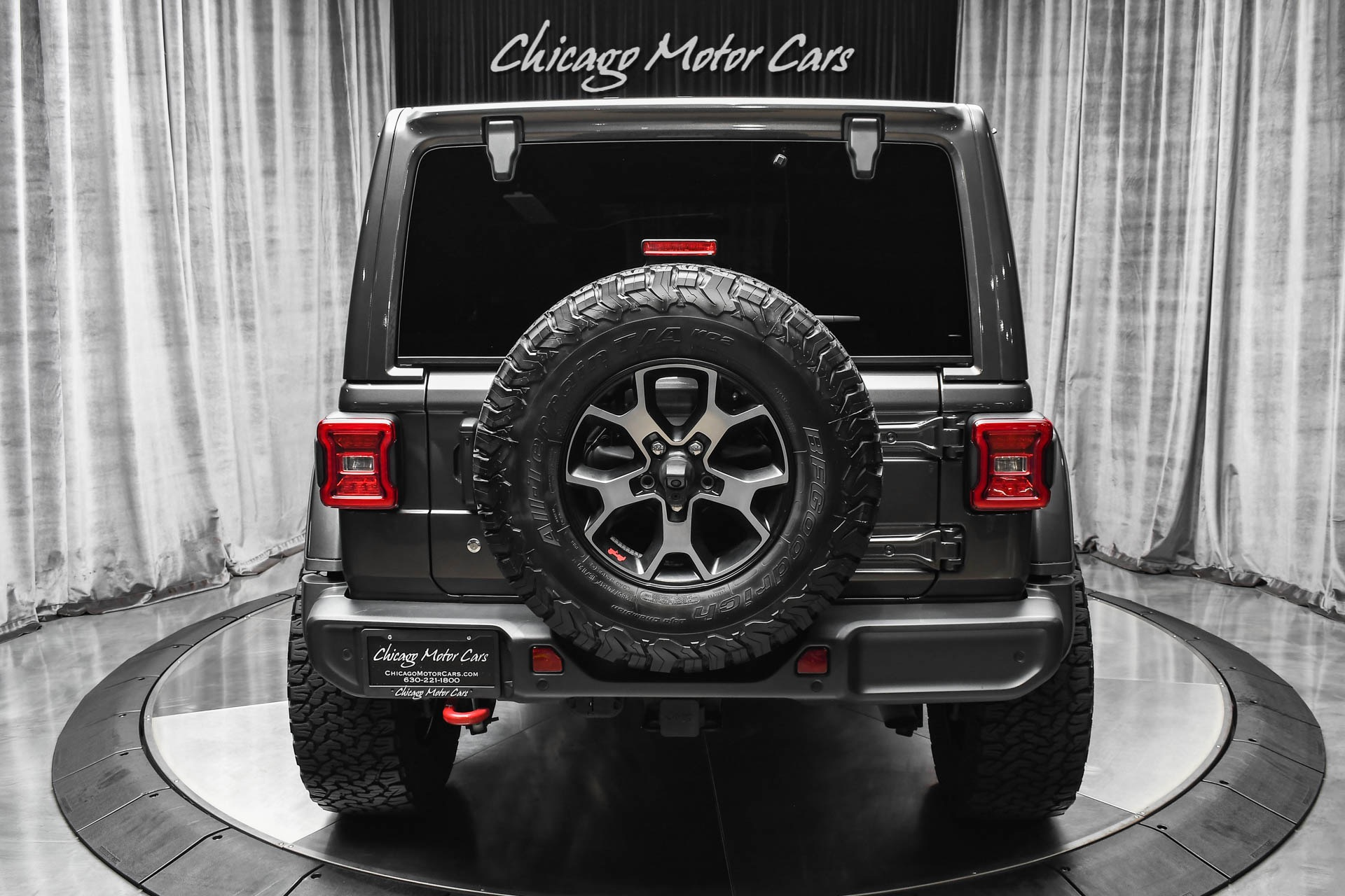 Used-2018-Jeep-Wrangler-Unlimited-Rubicon-LOADED-with-Factory-Options-Rock-Crawler-Lift-35-Inch-Wheels