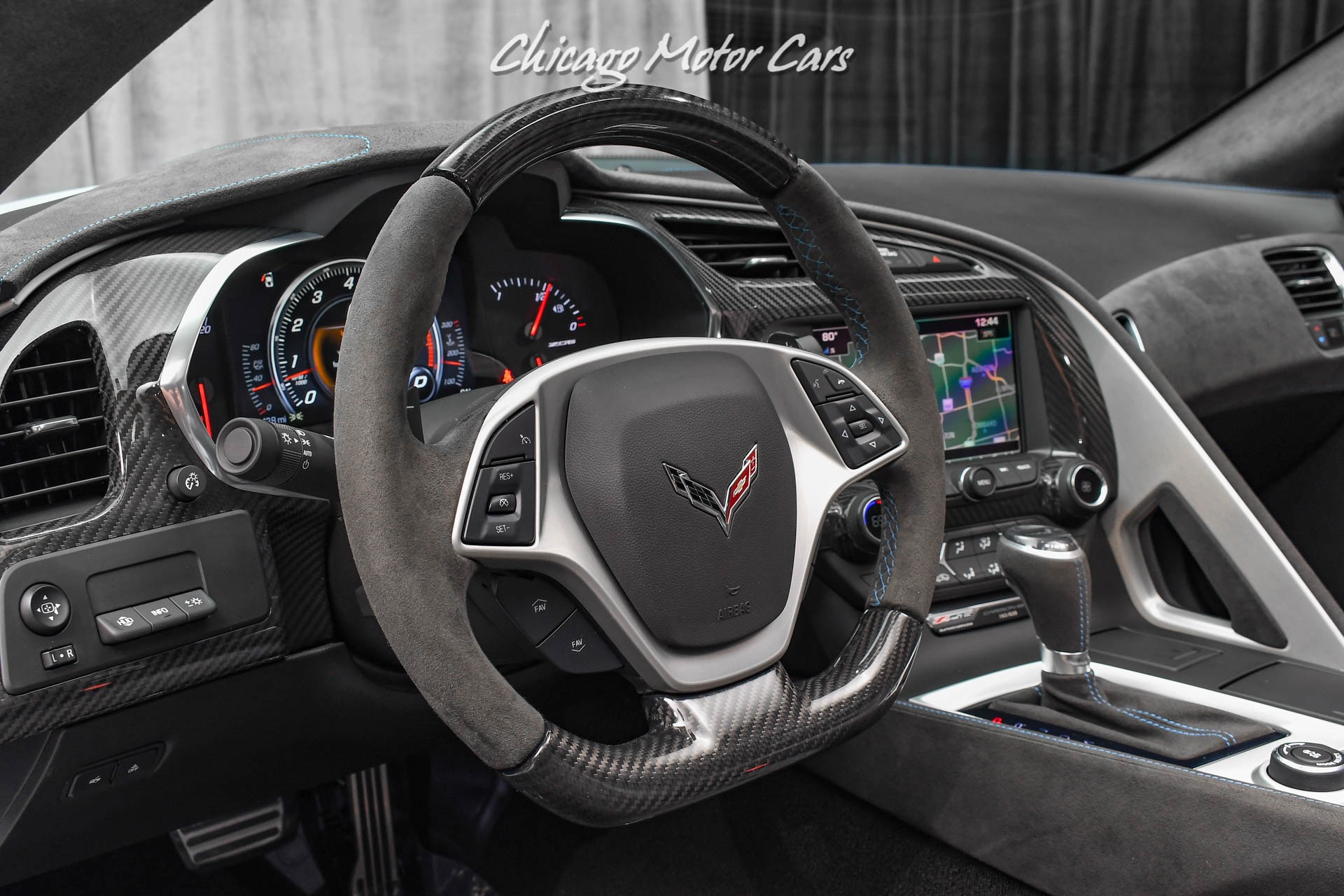 Used-2018-Chevrolet-Corvette-Z06-Carbon-65-edition-Coupe-Only-2400-Miles-COLLECTOR-QUALITY