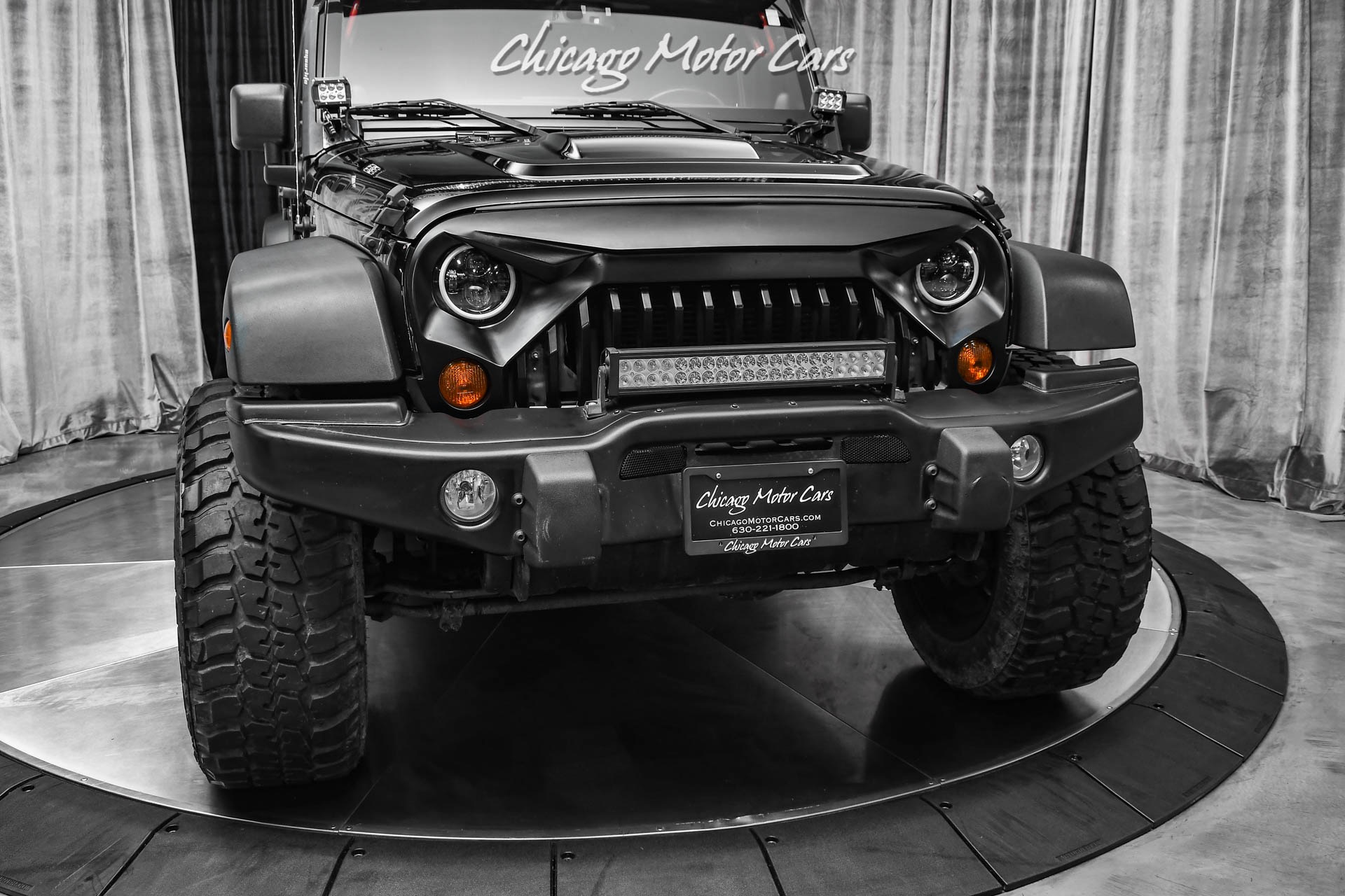 Used-2013-Jeep-Wrangler-Unlimited-Sahara-Moab-4-inch-Lift-35in-Tires-Hardtop--Bestop-Soft-top-Leather