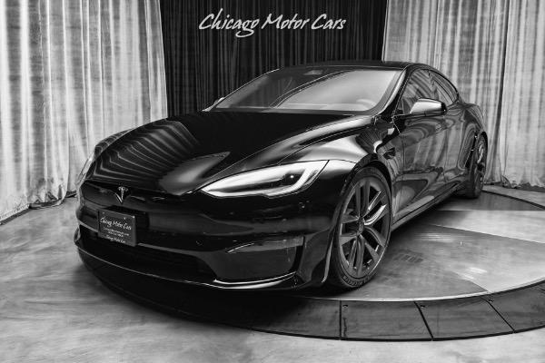 Used-2021-Tesla-Model-S-Plaid-Black-on-Black-Carbon-Fiber-Interior-Trim-Only-164-Miles