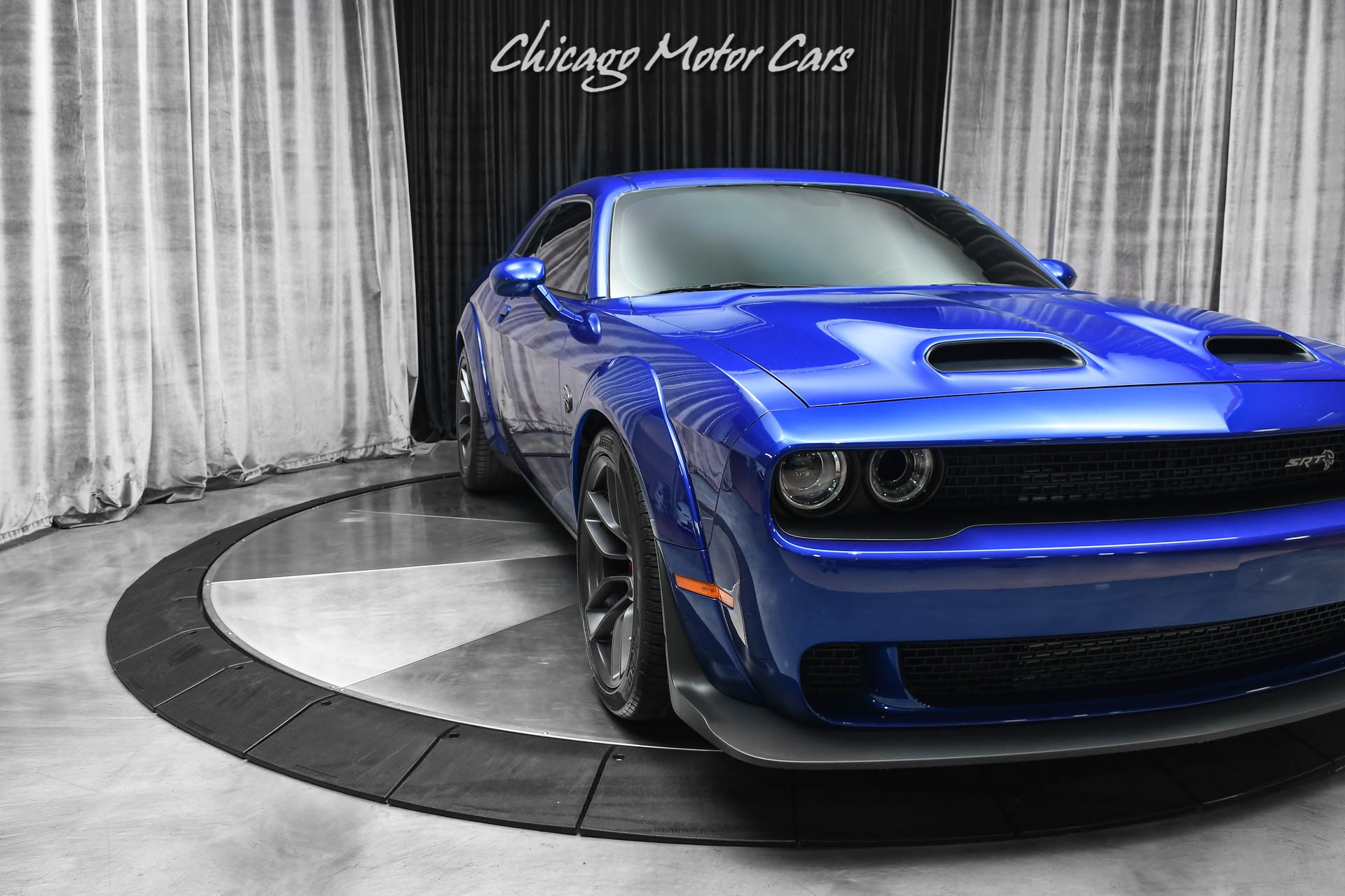 Used-2019-Dodge-Challenger-SRT-Hellcat-Redeye-Widebody-Coupe-PLUS-Package-Laguna-Leather-Only-6k-Miles