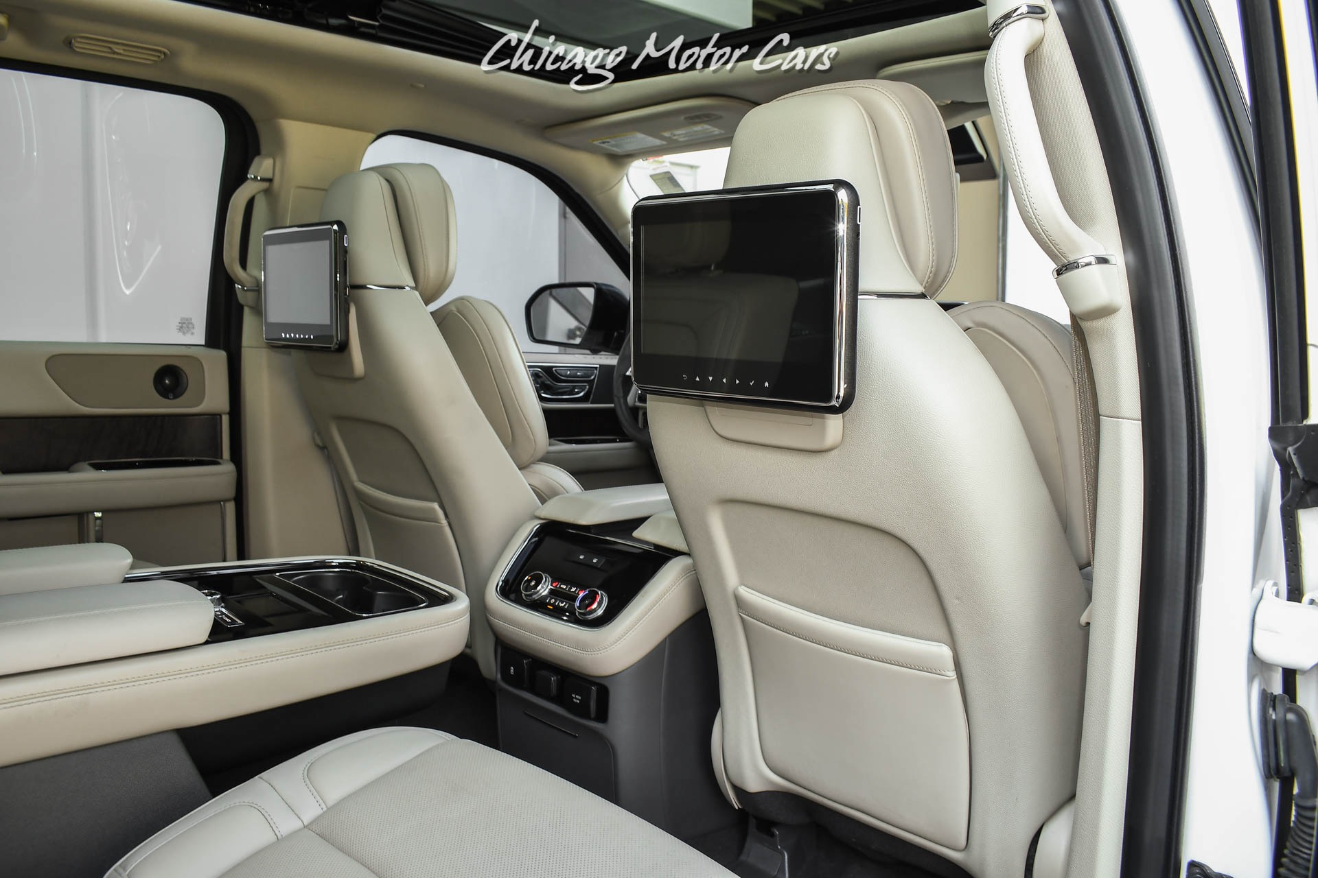 Used-2019-Lincoln-Navigator-Reserve-Tow-Pack-Perfect-Position-Seats-Rear-Entertainment