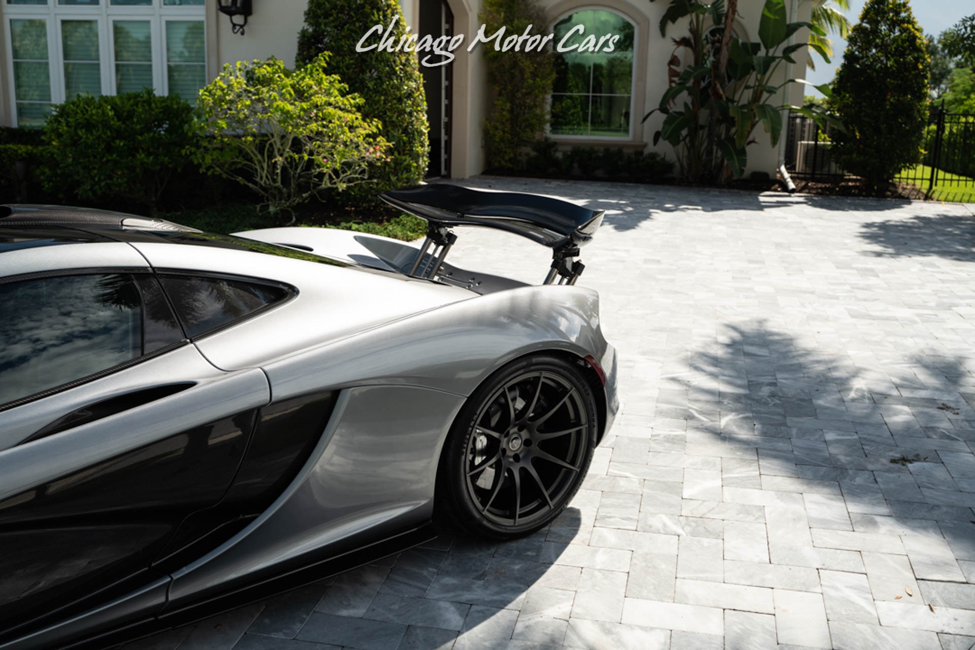 Used-2014-McLaren-P1-Coupe-Completely-Serviced-1-Owner-Carbon-Fiber-Collector-Quality